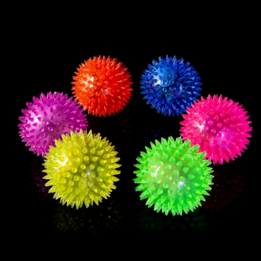 Large 6.5cm Flashing LED Bouncy Balls For Kids or Adults Spike Ball LED Light Up Bouncy Balls Spikey Balls Sensory Toys Stress Relief