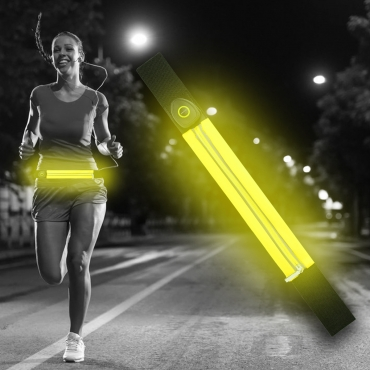 Ultra Yellow LED Reflective Running Belt For Women and Men USB Rechargeable Phone Holders Waist Bag Waterproof Pouch Fanny Pack High Visilibilty for Cycling